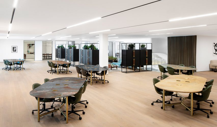 spring-place-beverly-hills-interiors-coworking-california-usa_dezeen_2364_col_2-852×500
